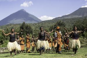 cedarberg-mount-gahinga-lodge-gahinga-batwa-dancers-4
