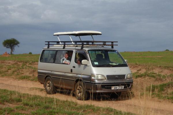Uganda-Safari-Car Rentals - Toyota Super-Custom