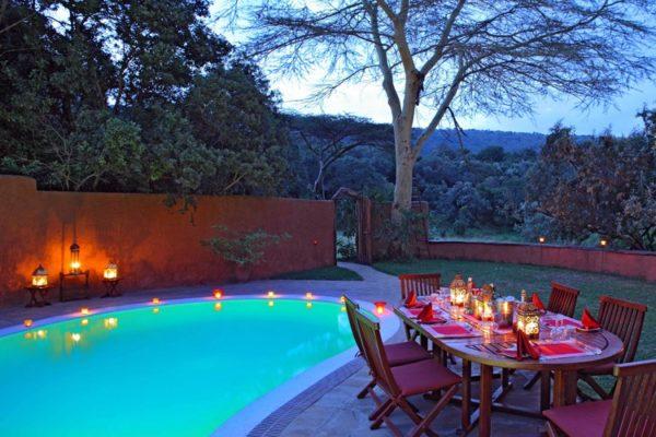 Acacia-House-Pool